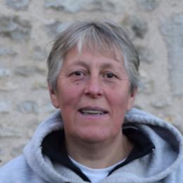Nathalie VAN DER STUYFT